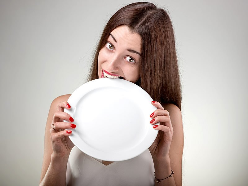 Aç kalmak kilo aldırır mı? Zararlı mı?
