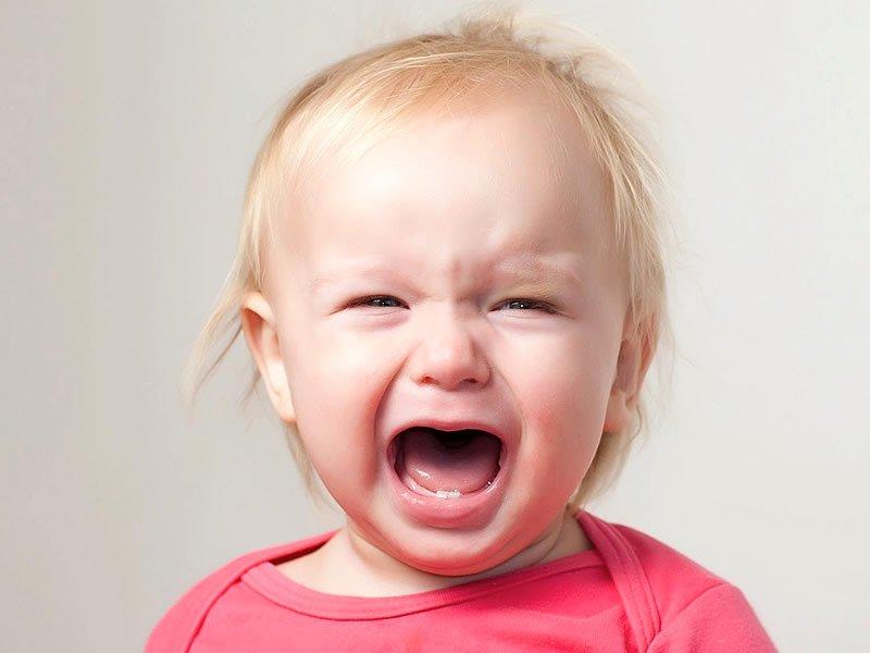 Ağlayan bebek nasıl sakinleştirilir? Nasıl susturulur?