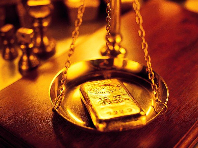 Altın neden kararır? Kararmış altın nasıl parlatılır?