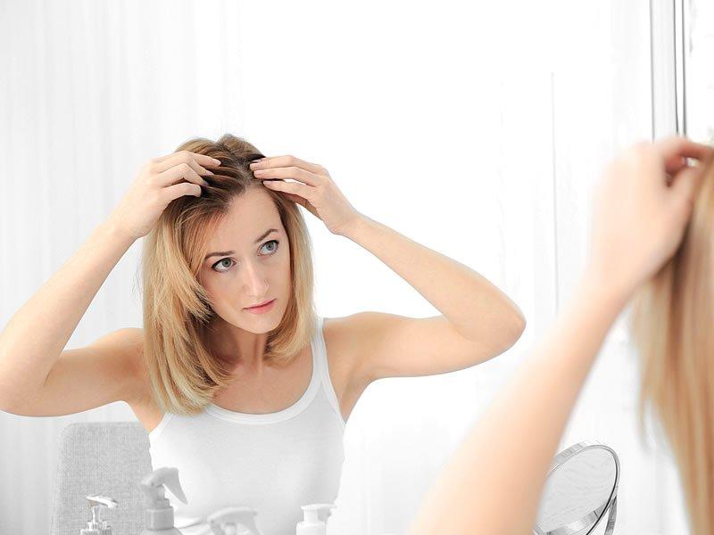 Aşırı Saç Dökülmesinin Sebebi ve Önlemek İçin Doğal Yöntemler