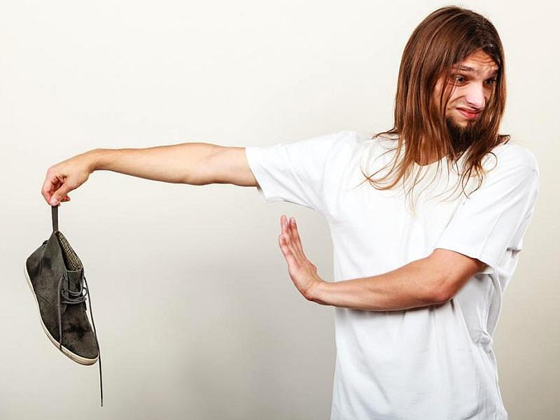 Ayakkabı Kokusunu Ne Geçirir? Limon Kabuğu Kokuyu Geçirir mi?