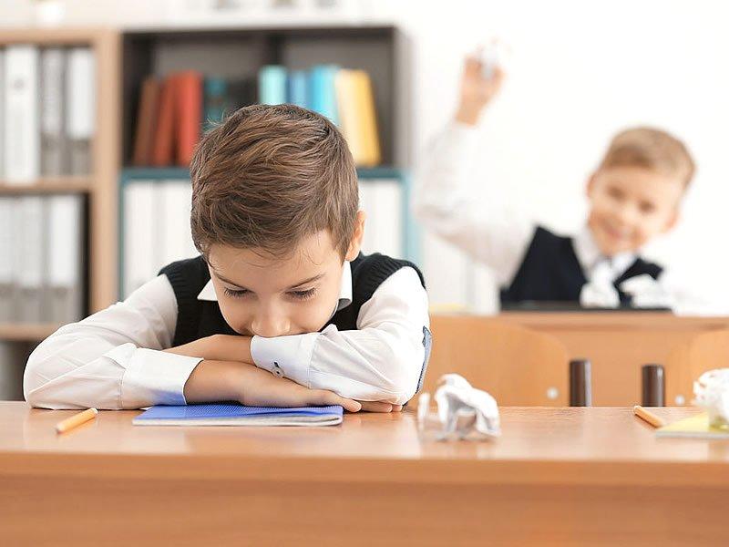 Dikkat eksikliği ve hiperaktivite bozukluğu nedir? Belirtileri nelerdir?