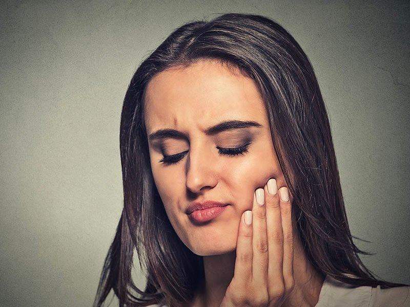 Diş ağrısı neden olur? Nasıl geçer? Diş ağrısına evde çözüm önerileri