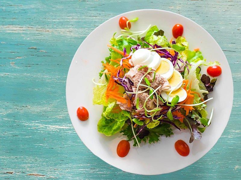 Diyet salata tarifleri ve çeşitleri nedir?