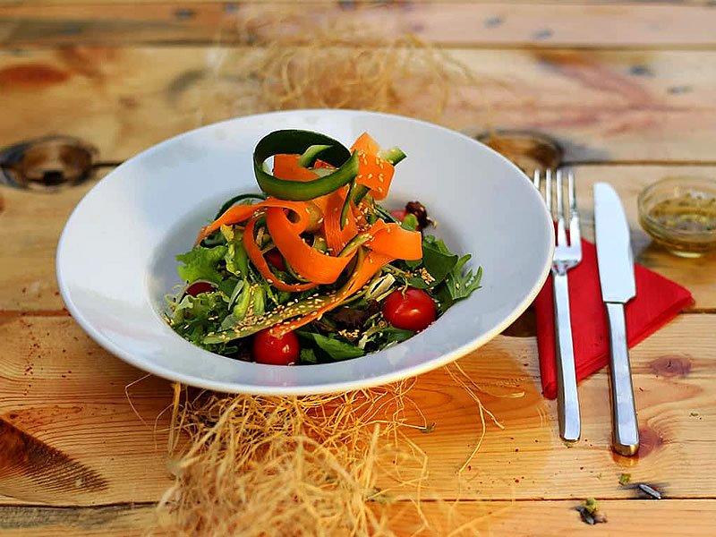 Diyet salata tarifleri ve kalorileri nedir?
