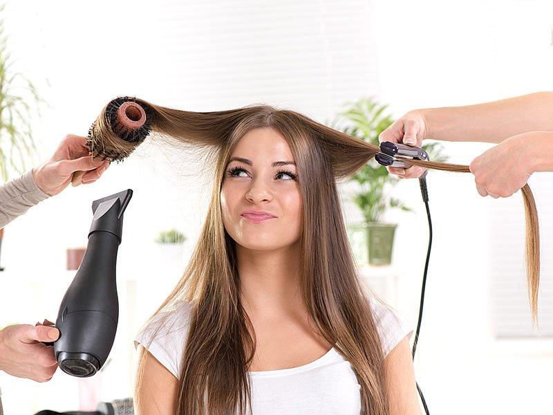 Fön çekmek saça zarar verirmi? Saçları döker mi?