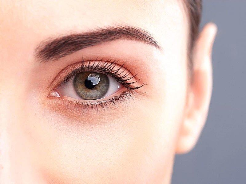 Göz estetiği (oküloplasti) nedir? Nasıl yapılır?