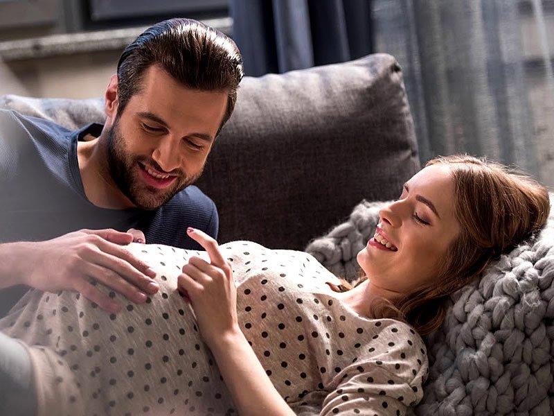 Hamileyken ilişkiye girilirmi? Gebelikte cinsellik yasak mı?