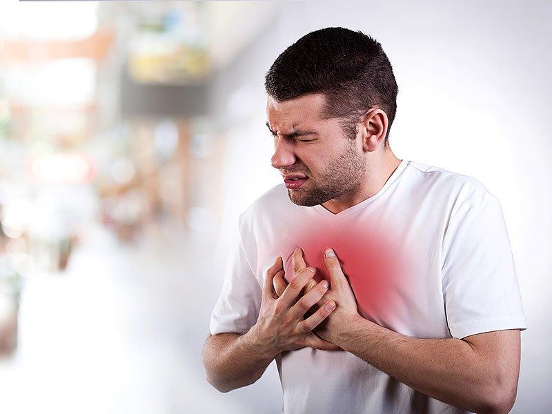 Kalp sıkışması neden olur? Nasıl oluşur? Kalp sıkışmasının sebepleri nelerdir?