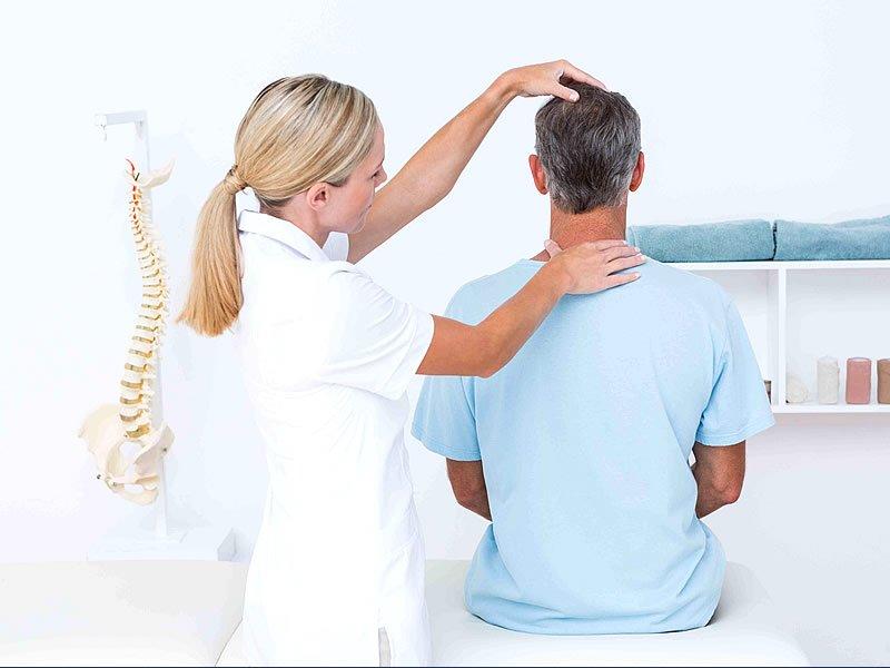 Kas ağrısı için ne yapılır? Tedavisi ve masajı nasıl yapılır?