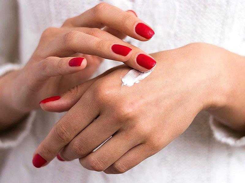 Kuru eller nasıl yumuşatılır? Kuru eller için evde doğal bakım