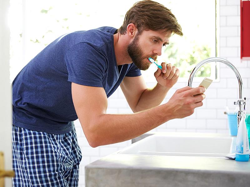 Oruç Tutarken Diş Fırçalanır mı? Diş Fırçalamak Orucu Bozar mı?