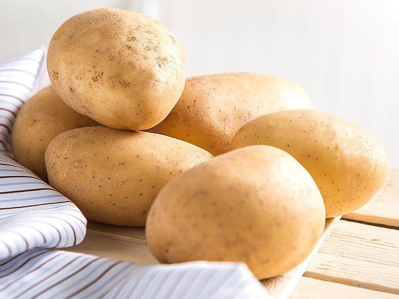 Patates suyu neye iyi gelir? Nasıl kullanılır? Faydaları ve zararları