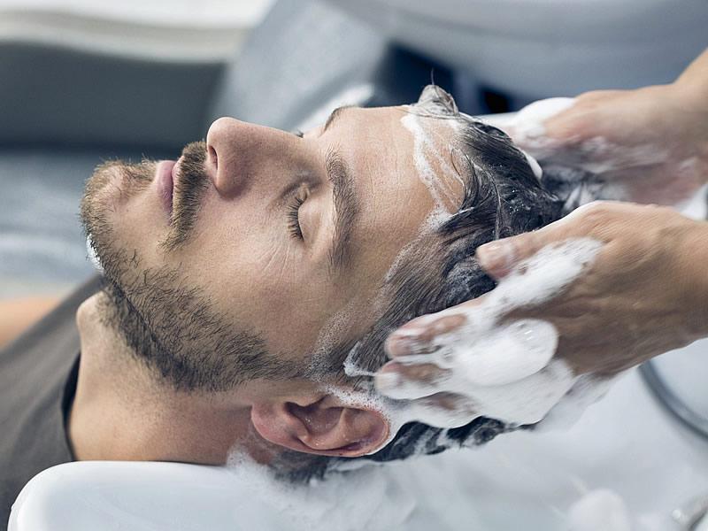 Protez Saç Nedir? Bakımı Nasıl Yapılır? Fiyatları ve Yorumları