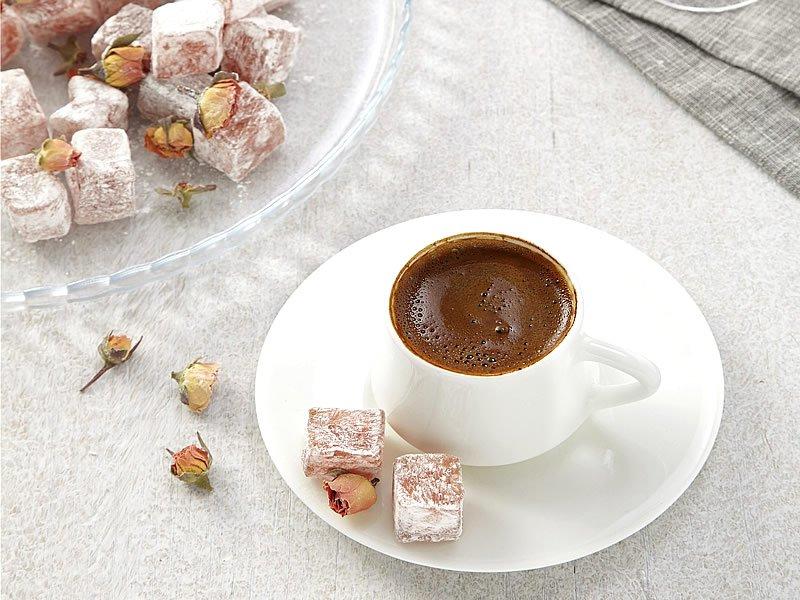Sabahları Türk kahvesi içmek zayıflatırmı?