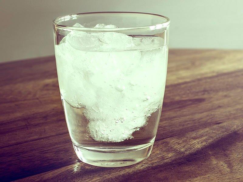 Sade soda zararlı mı? Kalorisi ne kadar? Zayıflatır mı?