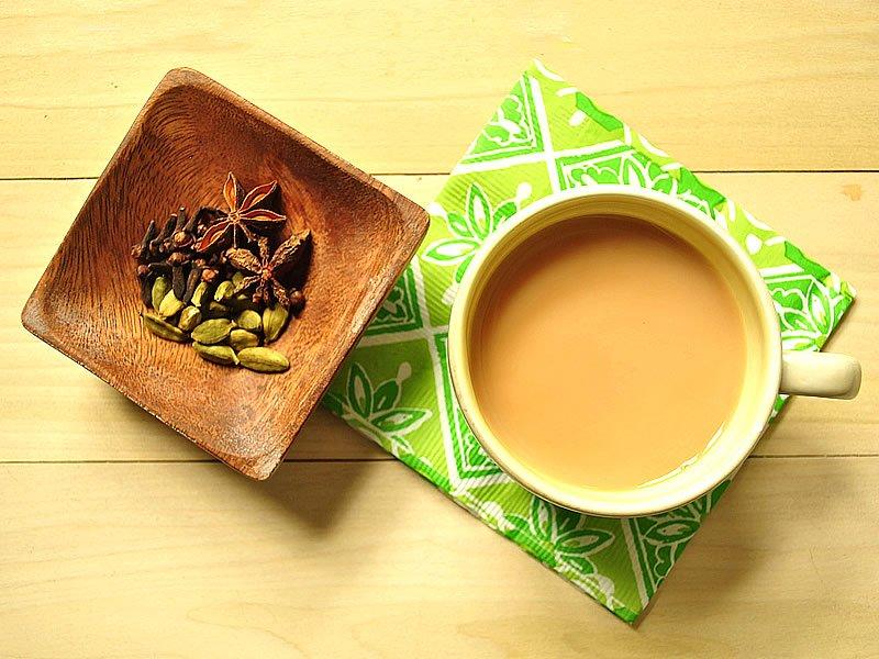 Sütlü çay yapımı nasıldır? Kalori ne kadar? Faydalı mı?