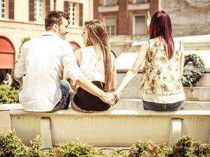 Aldatan erkek psikolojisi nasıl olur? Aldatan erkekler nasıl davranır?
