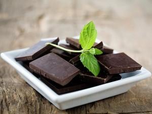 Bitter çikolata zayıflatırmı? Diyet yaparken ne kadar tüketilmeli?