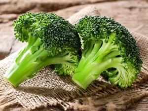 Brokoli Suyu Neye Yarar? Prostata, Cilde ve Kistlere İyi Gelir mi?