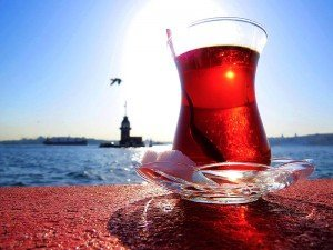 Çay nedir? Nasıl güzel demlenir? Ne zaman keşfedildi? Çayın faydaları ve zararları