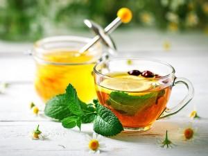 Detox çayı zayıflatırmı? Faydaları ve zararları