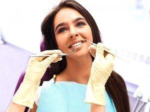 Diş beyazlatma zararlı mı? Diş beyazlatmanın zararları nelerdir?