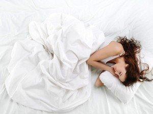 Doğru yatış pozisyonu nasıl olmalı? En sağlıklı uyku pozisyonu