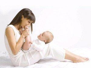 Emziren anne diyet listesi nedir? Emziren anne diyet yapmalı mı?