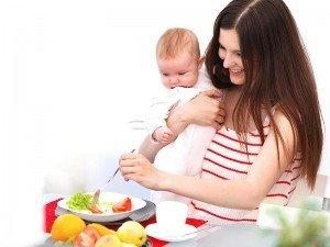 Emziren anneler neden çok acıkır? Emziren anneler ne yemeli?
