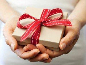 Ev hediyesi ne alınır? Eve alınabilecek kullanışlı ve şık hediyeler