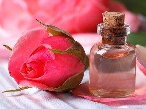 Gül suyunun cilde faydaları nelerdir? Yapımı ve kullanımı nedir?