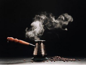 Hamileler türk kahvesi içebilir mi? Hamilelikte Türk kahvesi faydaları ve zararları nelerdir?