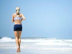 Hamilelikte denize, havuza girmek zararlımı? Gebelikte yüzmenin faydaları ve zararları