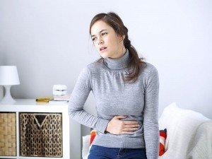 Hassas bağırsak sendromu nasıl tedavi edilir? Belirtileri nelerdir?