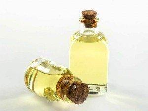 İskit yağı nedir? Ne için kullanılır? İçindekiler, kullanımı, fiyatı, yan etkileri