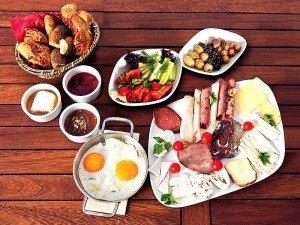 Kahvaltılık diyet tarifler nedir? Kahvaltının diyetteki önemi nedir?