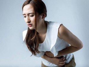 Karın ağrısına ne iyi gelir? Evde karın ağrısı nasıl geçer?