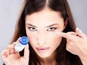 Lens kullanımı kolay mı? Lens fiyatları ve renkleri nelerdir? Nasıl takılır?