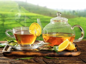 Limonlu Çayın Faydaları ve Zararları Nelerdir? Şekeri ve Tansiyonu Yükseltir mi?