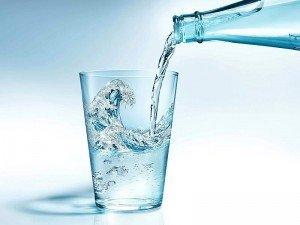Maden suyu zayıflatırmı? İçindekiler, faydaları ve zararları