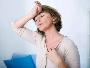 Menopoz belirtileri nelerdir? Menopoz sonrası kanama ve terlemelere ne iyi gelir?