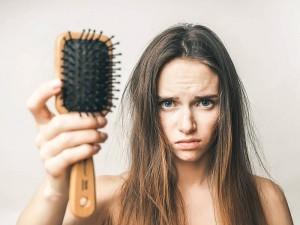 Mevsimsel Saç Dökülmesi Ne Kadar Sürer? Ne Zaman Olur? Nasıl Engellenir?