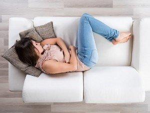 PMS nedir? Pms döneminde akıntı ve mide bulantısı