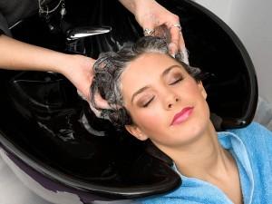 Saç derisinde pullanma, kepek ve kabuklanma neden olur?