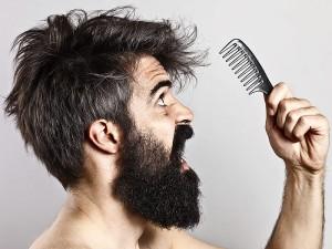 Saç Dökülmesinin Belirtileri, Nedenleri ve Tedavisi