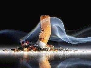 Sigara bırakma bandı işe yarıyor mu? Nasıl kullanılır? Faydaları ve zararları