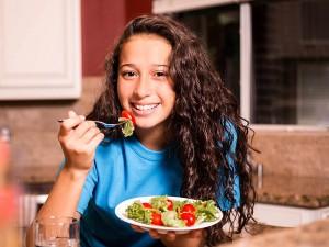 Sınav Öncesi Beslenme Nasıl Olmalı? Zihni Açan Besinler Nelerdir?