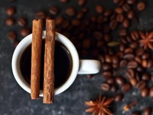 Tarçınlı Kahve Zayıflatır mı?