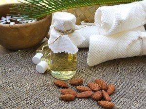 Tatlı badem yağı saç uzatır mı? Nasıl kullanılır?